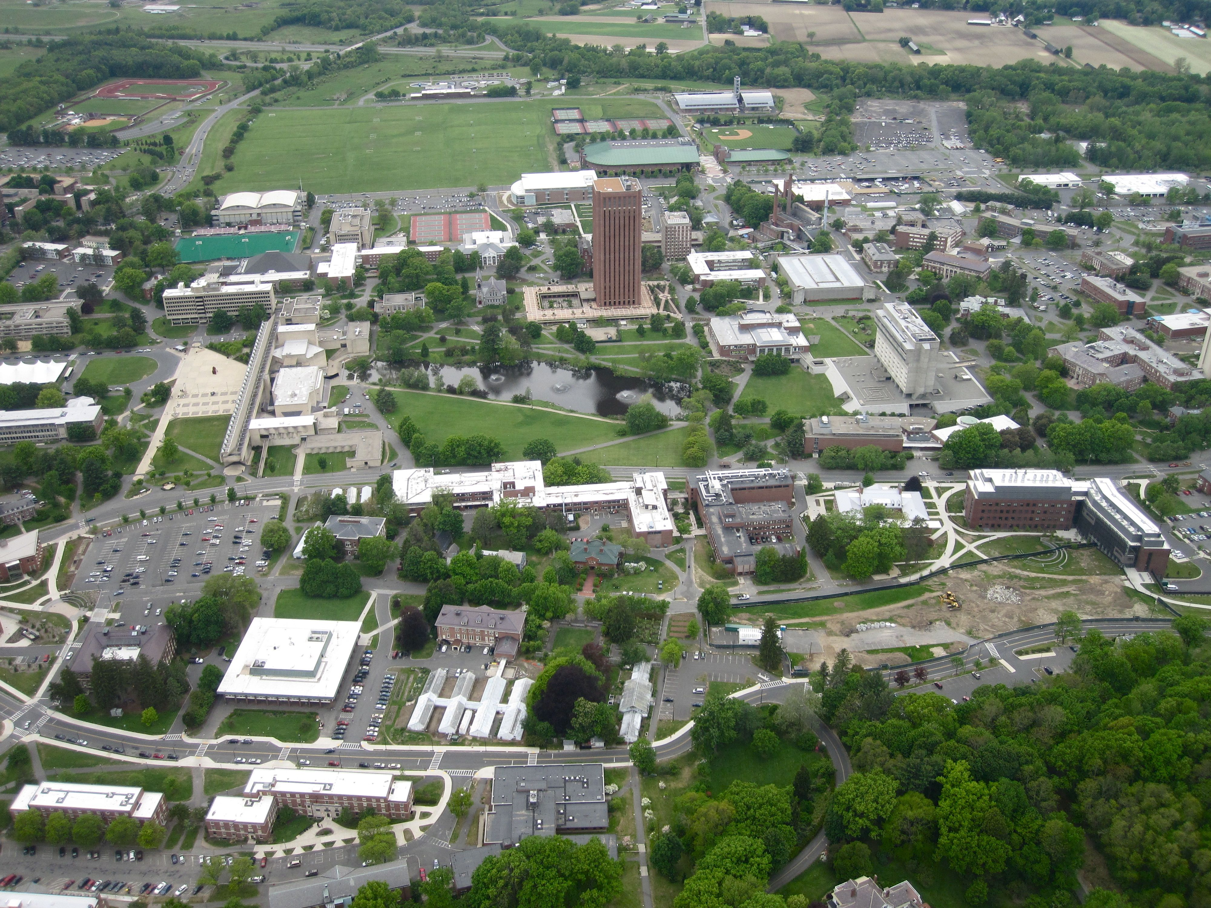 Could i get into the University of Massachusetts at Amerst?